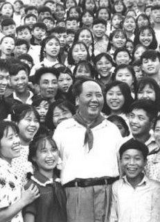 Mao-waving-children