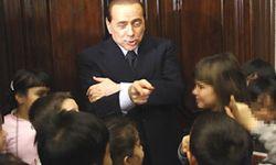 Berlusconi_bambini01g